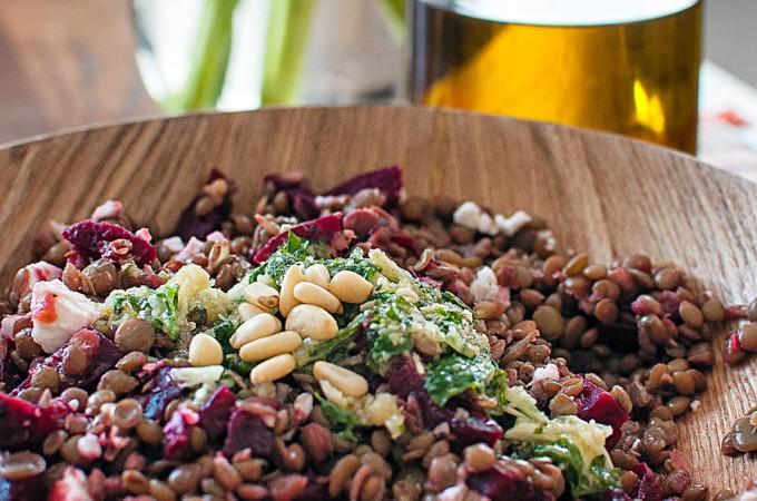 Lentils Beetroot pesto salad/ Φακοσαλατα με παντζαρια και πέστο βασιλικου