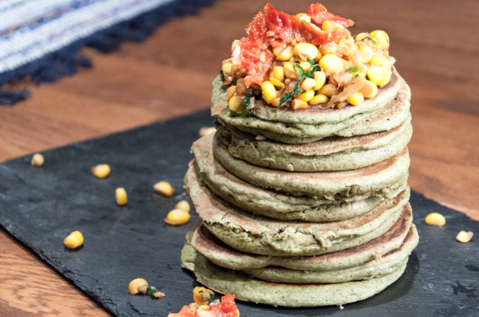 Savoury spinach & mint pancakes with a corn salsa/ Αλμυρες τηγανίτες απο σπανακι & μεντα με καλαμποκι